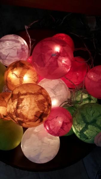 Leuchtkugeln einfarbig (Farbe wählbar)
