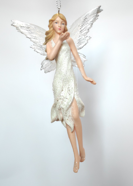 Blumenelfe in weißem Kleid A